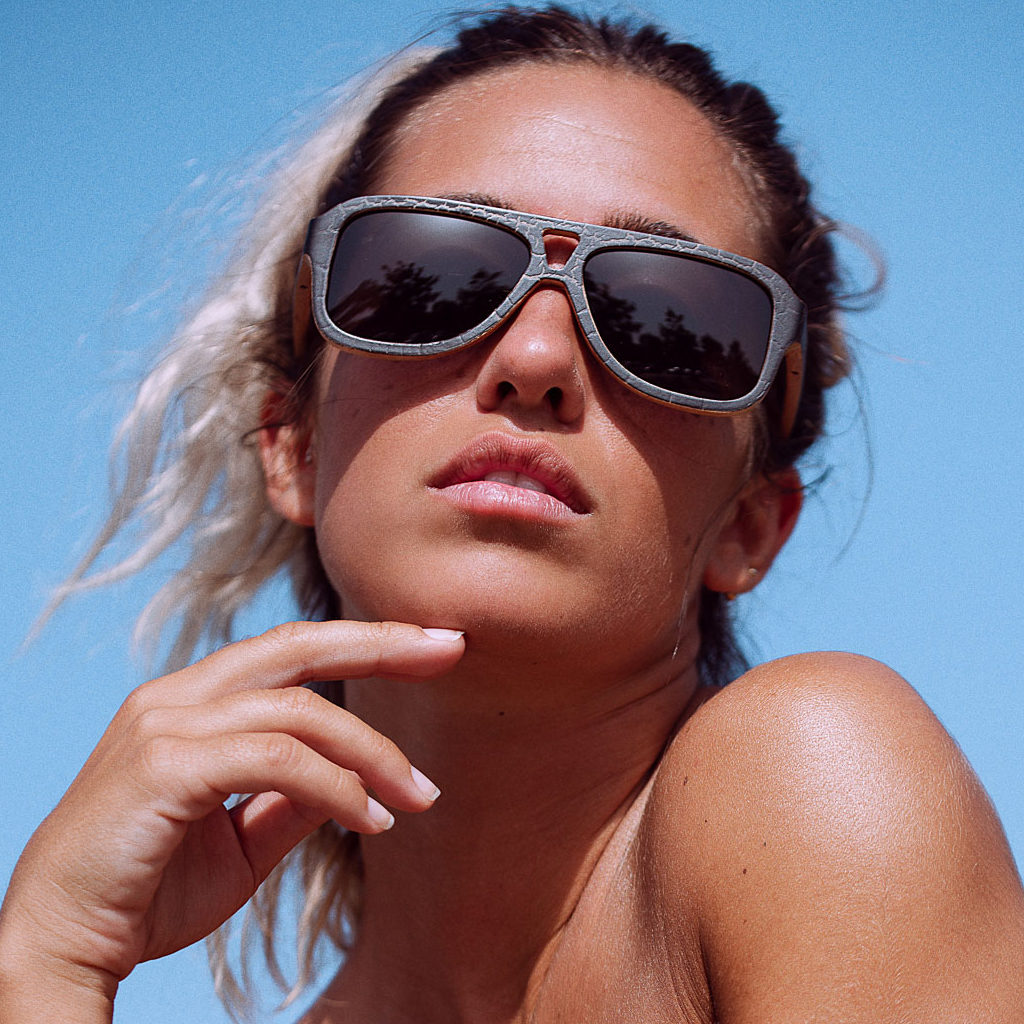 LogiaLifeStyle_sunglasses_SCRATCH_02
